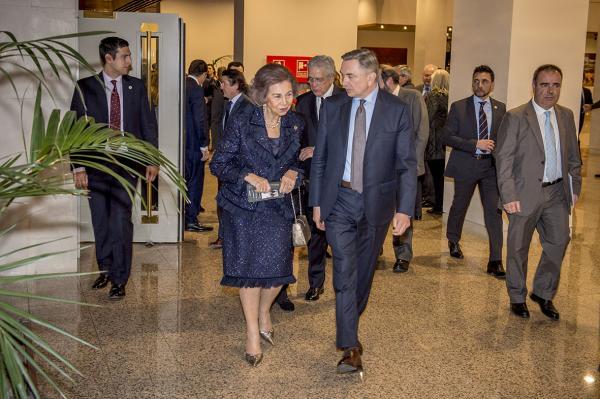 La Reina Sofía a la salida del concierto.